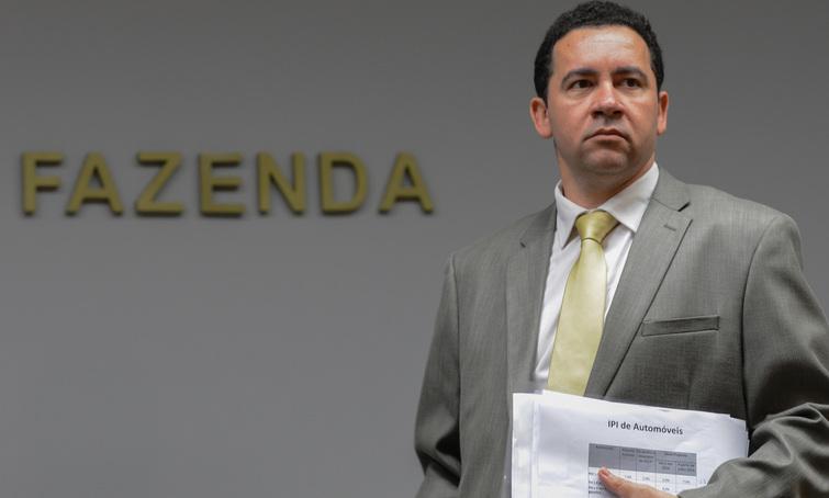 """Parcelamento de dívidas vai """"engordar"""" caixa da União em R$ 15 bilhões"""