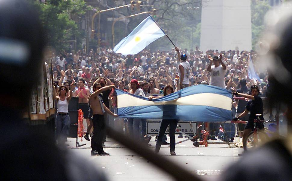 Congresso argentino aprova lei para reestruturar dívida externa