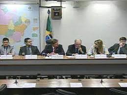 CRA discute dispensa de emplacamento de veículos de uso agrícola