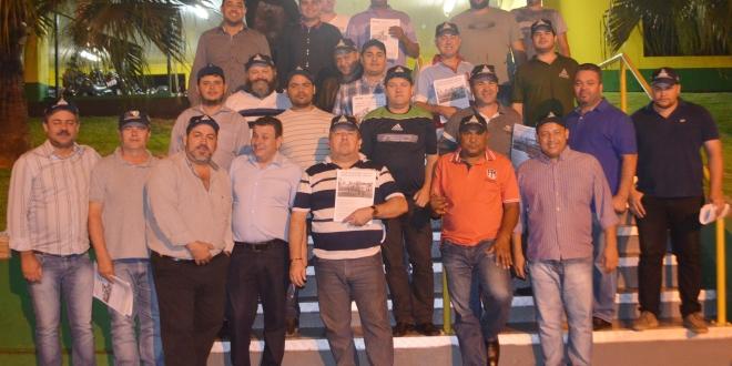 Os trabalhadores em Cooperativas no Oeste do Paraná estão bem informados pelos Sindicalistas