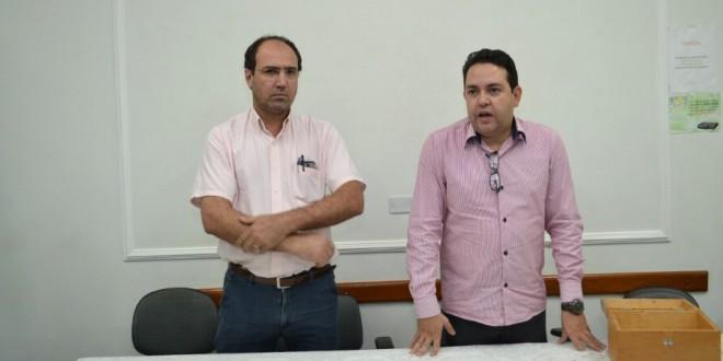 Assembleia com trabalhadores da Sicoob Crediçucar   realizada no dia 1º de setembro de 2015.