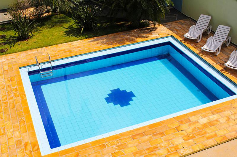 piscina-aerea-pousada-em-brotas-araras