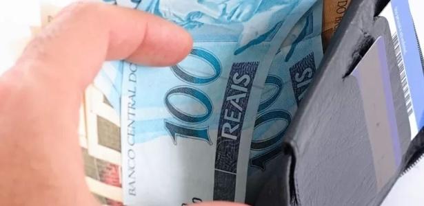 Salário mínimo em setembro deveria ser de R$ 4.013,08, segundo Dieese