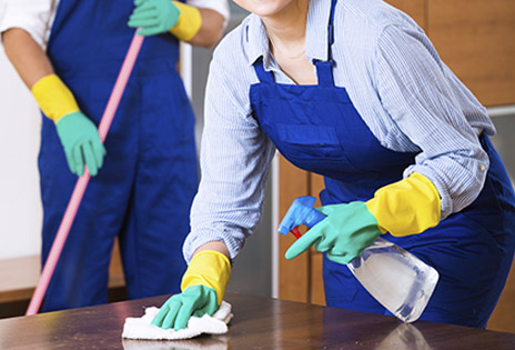 Falta de pagamento de parcelas salariais permite a servente romper contrato de trabalho